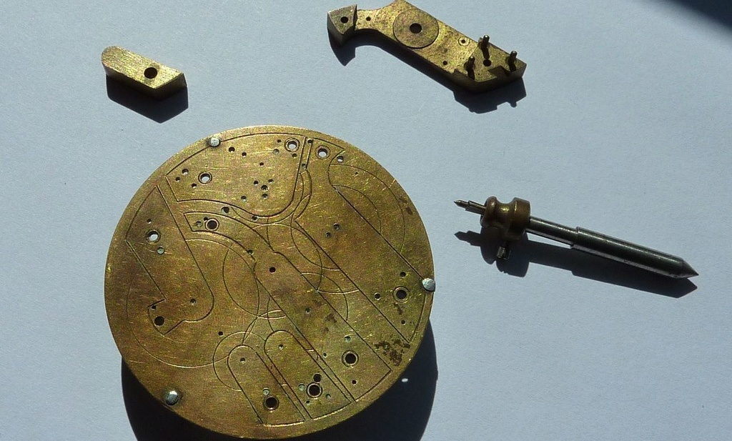 Outils d'horlogerie antiques? - Page 4 Tracy_10