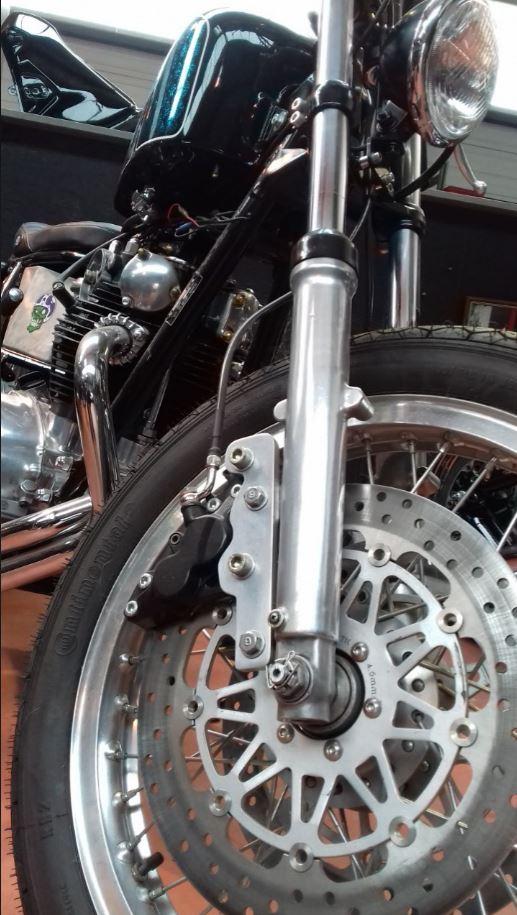 Mes autres !!! (Honda CB350, Harley 883) - Page 2 16011811