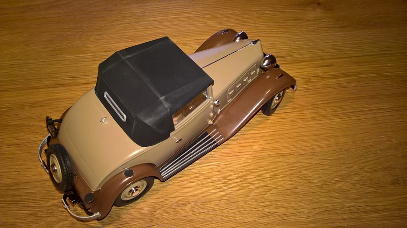 Renault Vivastella cabriolet 1932 1/24e 26841010