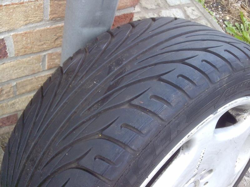 pneus 225/45/17 4510