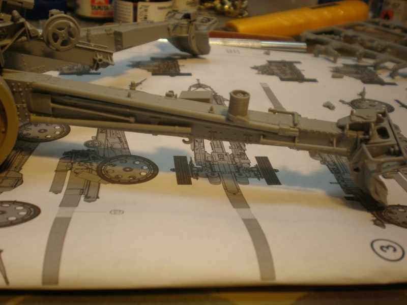 Dragon Sfh 18 howitzer w/Limber TERMINÉ P1210413