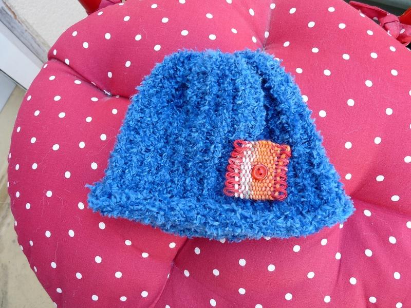 deuxième série de bonnet BB (tricotin 30 picots) P1320910