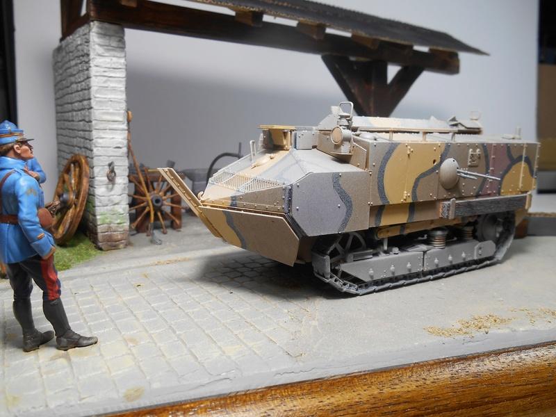 Vite fait en binôme - Figurines Metal Modèles 54mm - Char Schneider CA Hobby Boss 1/35e 40-sch14
