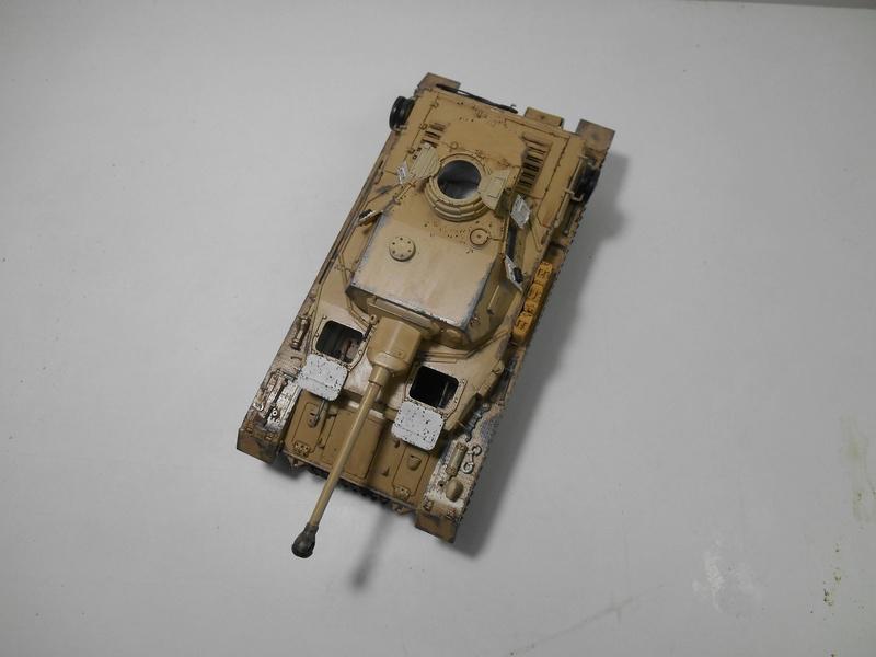Un moment d'arrêt sur l'inutile... - Panzer IV - Italeri - 1/35e Pziv-r20