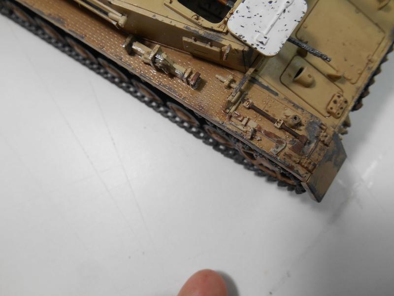 Un moment d'arrêt sur l'inutile... - Panzer IV - Italeri - 1/35e Pziv-r21