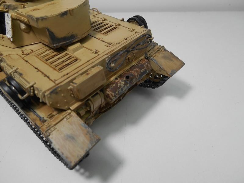 Un moment d'arrêt sur l'inutile... - Panzer IV - Italeri - 1/35e Pziv-r26