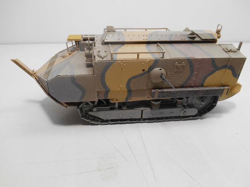 Char Schneider CA-1 - Hobby Boss - 1/35e R40-sc10