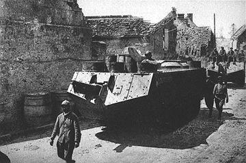 Août 1918 - L'espoir renaît - Saint-Chamond (Takom 1/35e) et figurines HISTOREX 1/32e puis figurines ICM 1/35e Sturmw10