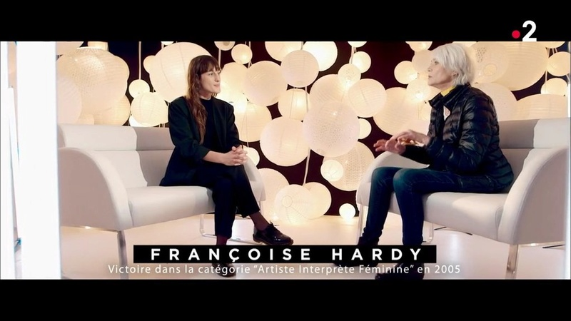 Françoise Hardy marraine de Juliette Armanet aux Victoires de la Musiq Les_vi10