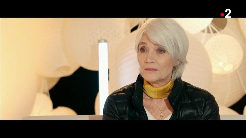 Françoise Hardy marraine de Juliette Armanet aux Victoires de la Musiq Les_vi13