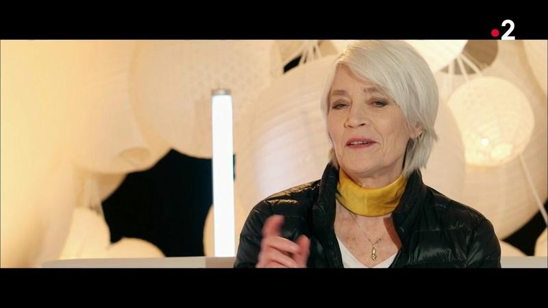 Françoise Hardy marraine de Juliette Armanet aux Victoires de la Musiq Les_vi19
