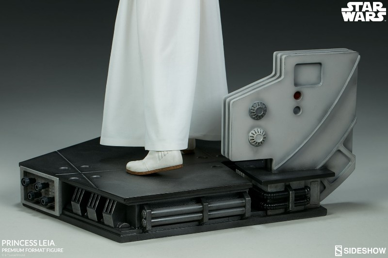 Sideshow Collectibles LEIA ANH - Premium Format (2018)  19-30010