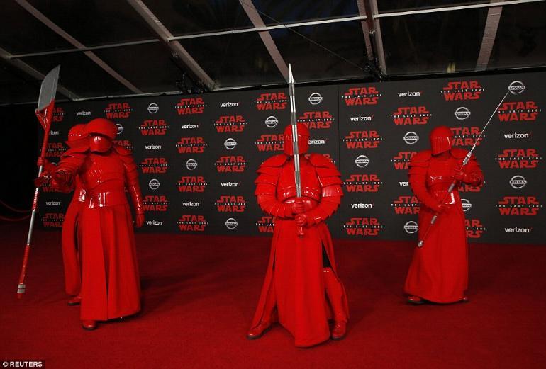 8 - Star Wars The Last Jedi - Les premières 3210