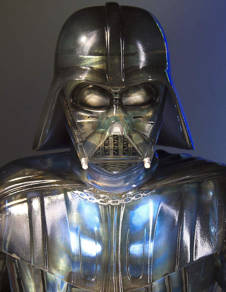 Gentle Giant Star Wars Emperor's Wrath Darth Vader mini bust Darthv17