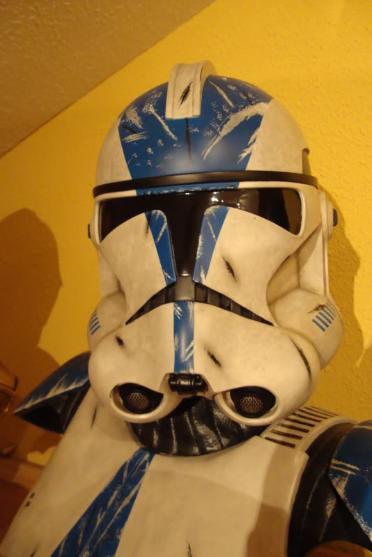Sideshow - 501 Clone Trooper - Life Size Bust - Page 3 Dsc01412