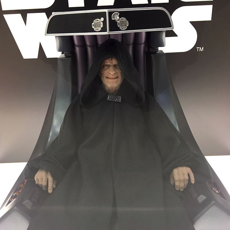 Hot Toys Star Wars - Emperor Palpatine Sixth Scale Figure   Empere33