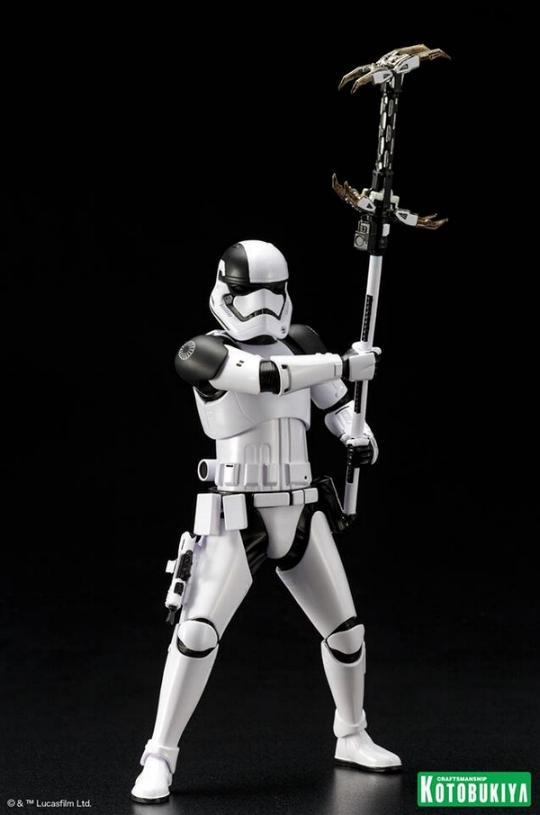 Kotobukiya - First Order Stormtrooper Executioner ARTFX+ Execut11