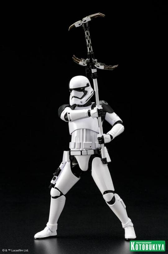 Kotobukiya - First Order Stormtrooper Executioner ARTFX+ Execut12