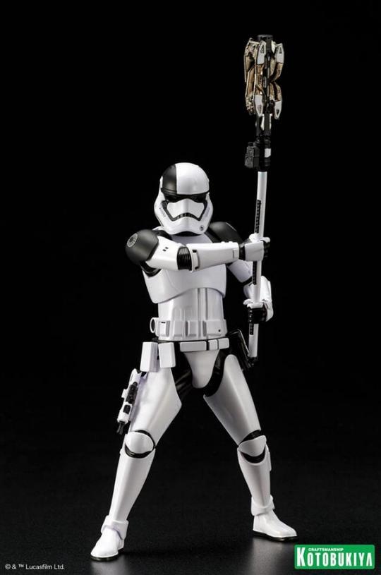 Kotobukiya - First Order Stormtrooper Executioner ARTFX+ Execut13