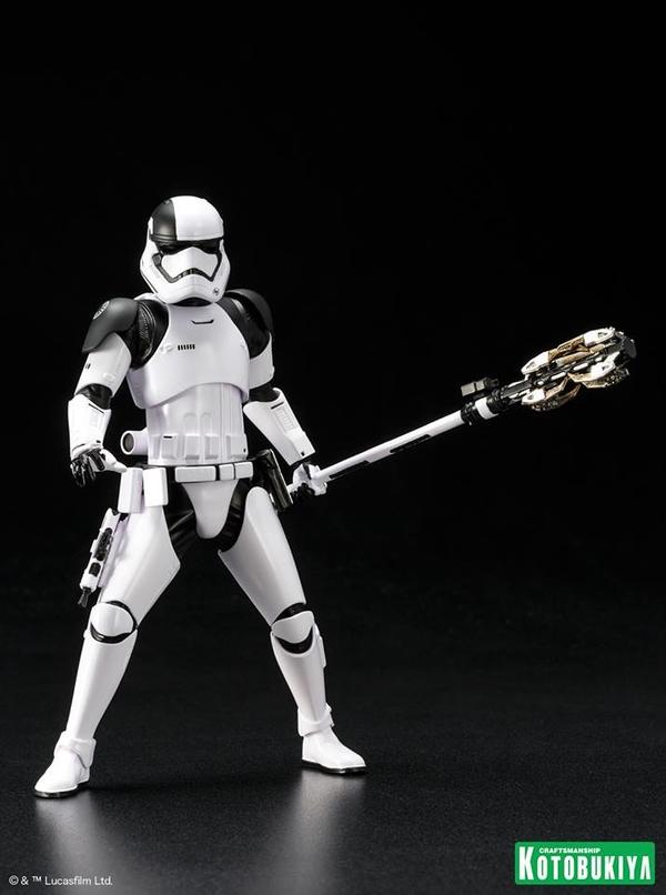 Kotobukiya - First Order Stormtrooper Executioner ARTFX+ Execut18