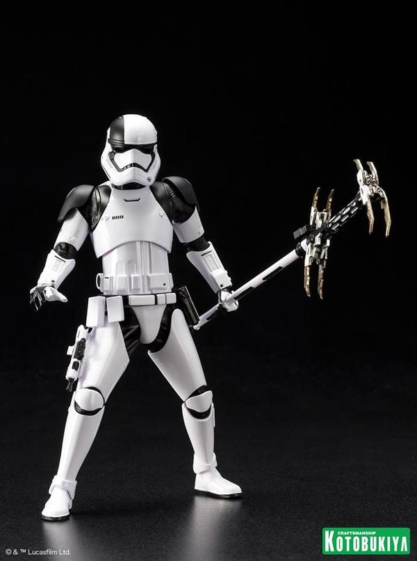 Kotobukiya - First Order Stormtrooper Executioner ARTFX+ Execut19