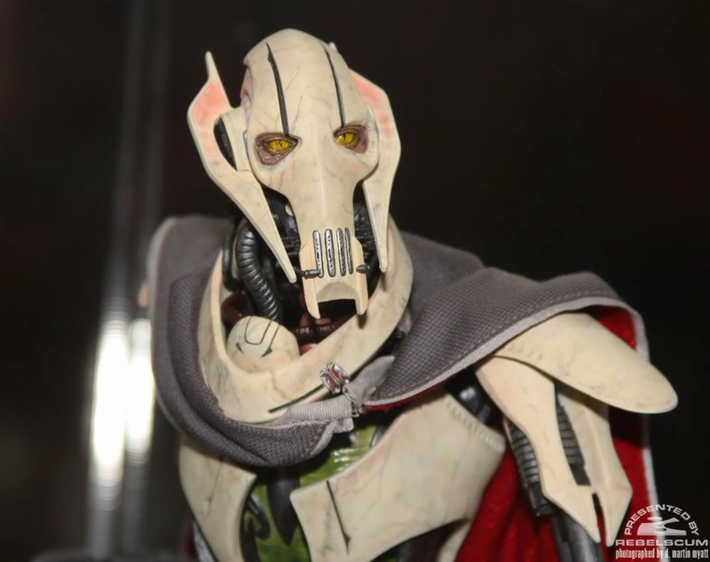 Sideshow - General Grievous - 12 inch Figure Img_0416