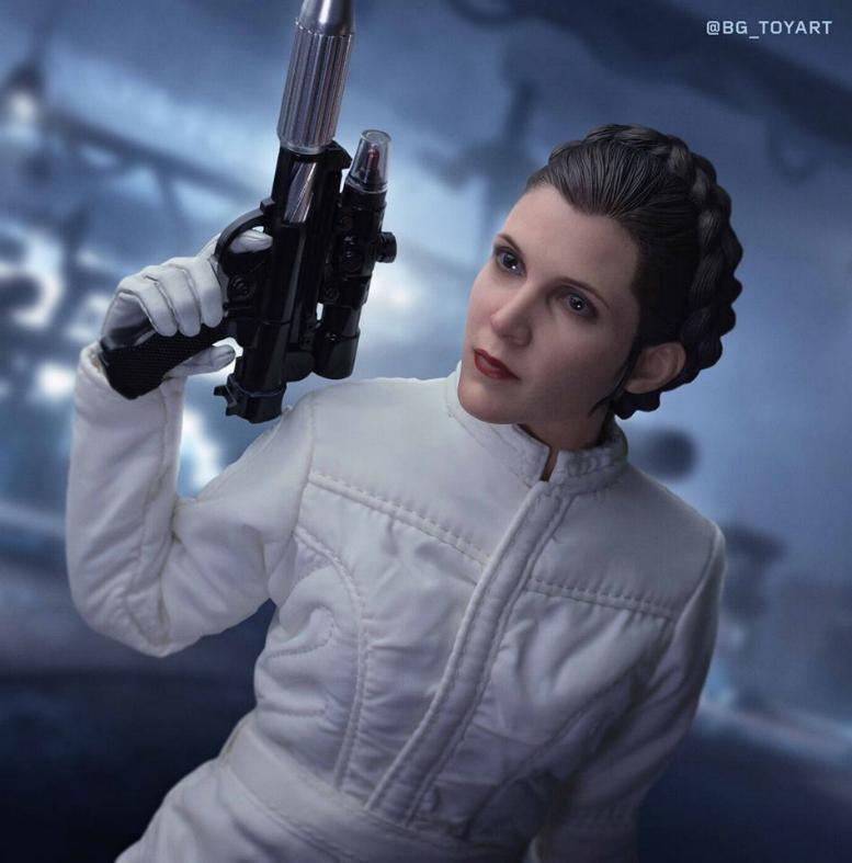Star Wars: The ESB 1/6th scale Princess Leia Collectible Fig Leia_h14