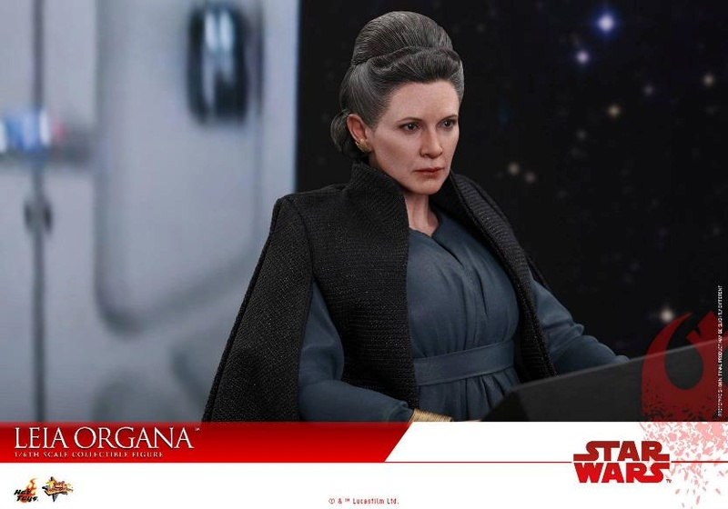 Hot Toys : Star Wars The Last Jedi 1/6th scale Leia Organa  Leia_t22