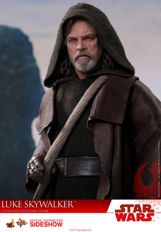 HOT TOYS - The Last Jedi - Luke Jedi Exile 1/6 scale figure Luke_e21