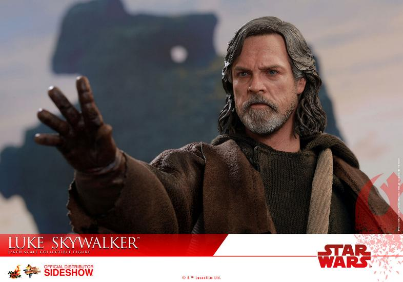HOT TOYS - The Last Jedi - Luke Jedi Exile 1/6 scale figure Luke_e24