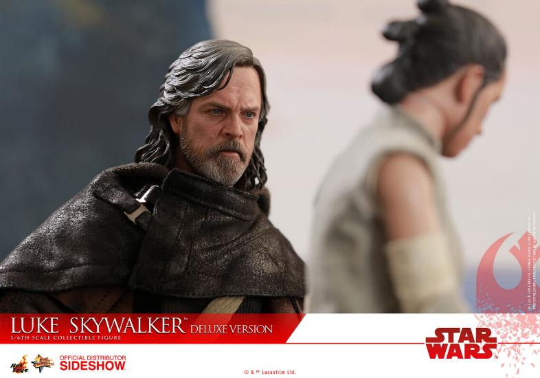 HOT TOYS - The Last Jedi - Luke Jedi Exile 1/6 scale figure Luke_e52