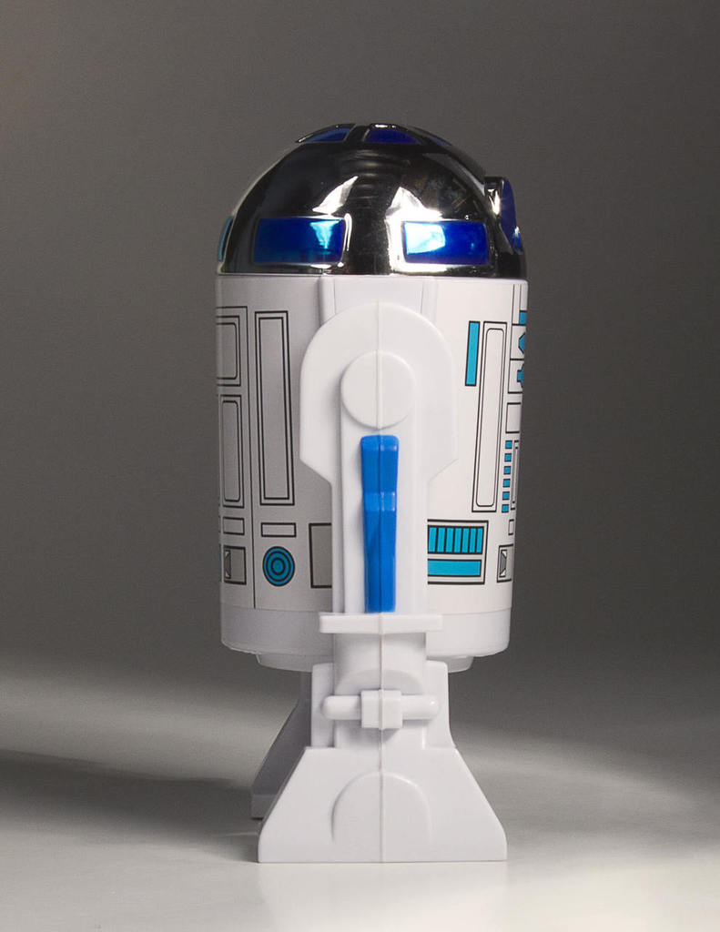 Gentle Giant - R2-D2 LIFE-SIZE MONUMENT R2d2mo16