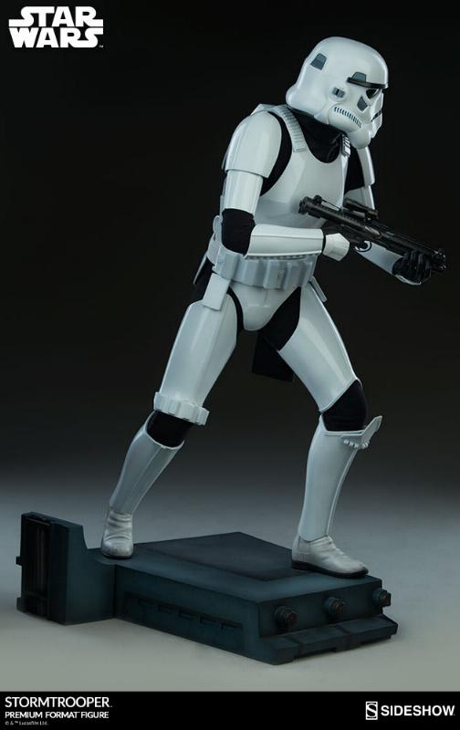 Sideshow Collectibles - Stormtrooper Premium Format 2018 Storm_75