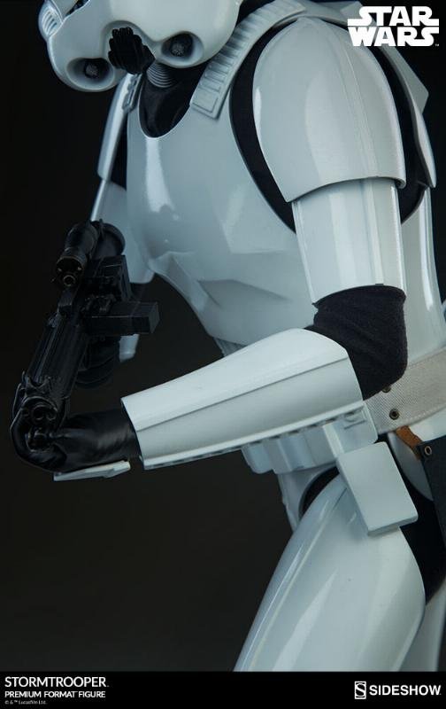 Sideshow Collectibles - Stormtrooper Premium Format 2018 Storm_86