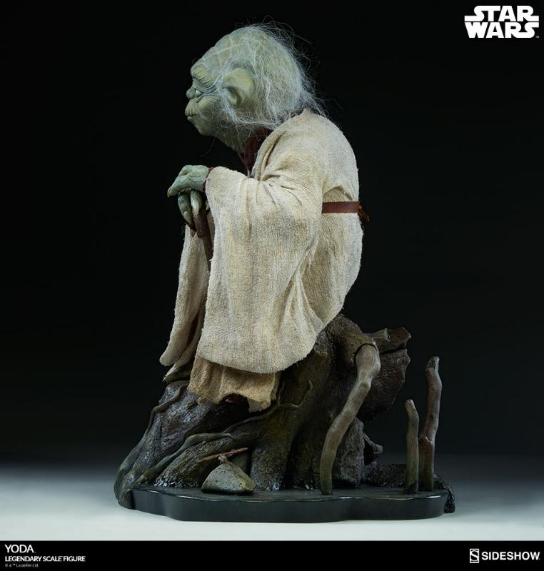 Sideshow Collectibles - Yoda Legendary Scale Figure Yoda_l12