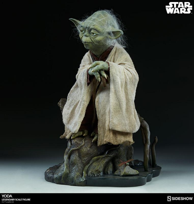 Sideshow Collectibles - Yoda Legendary Scale Figure Yoda_l14
