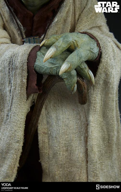 Sideshow Collectibles - Yoda Legendary Scale Figure Yoda_l21