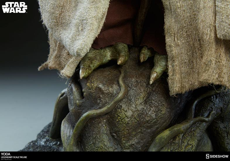 Sideshow Collectibles - Yoda Legendary Scale Figure Yoda_l28