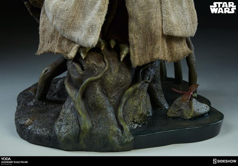 Sideshow Collectibles - Yoda Legendary Scale Figure Yoda_l31