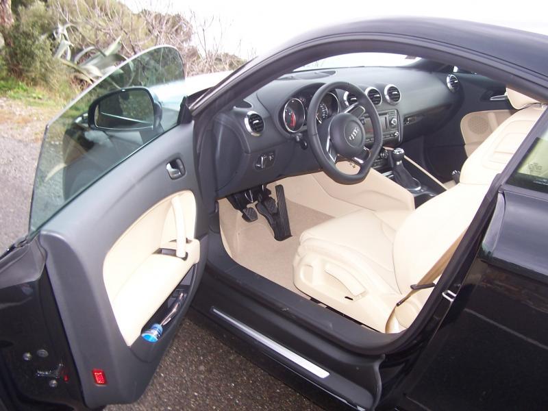 TT Mk2 3.2 roadster noir phantom 000_0810