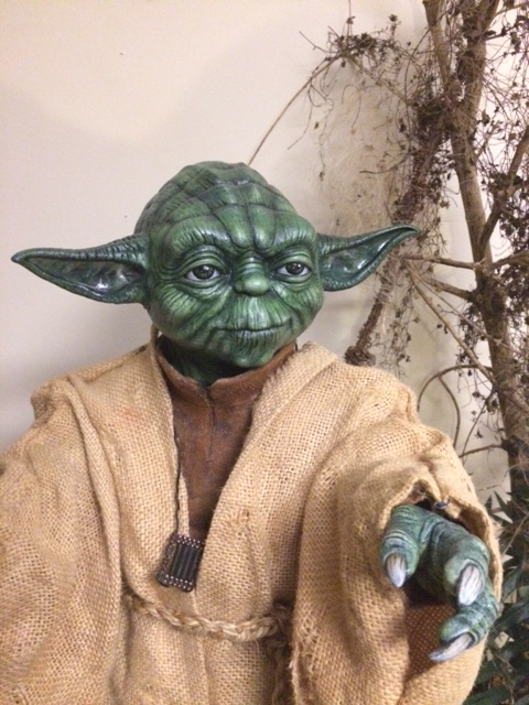 Customisation Yoda lifesized - Questions Yoda_j22