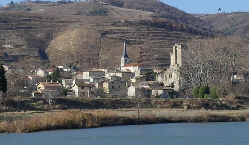 au bord du Rhône...  25yx0m11