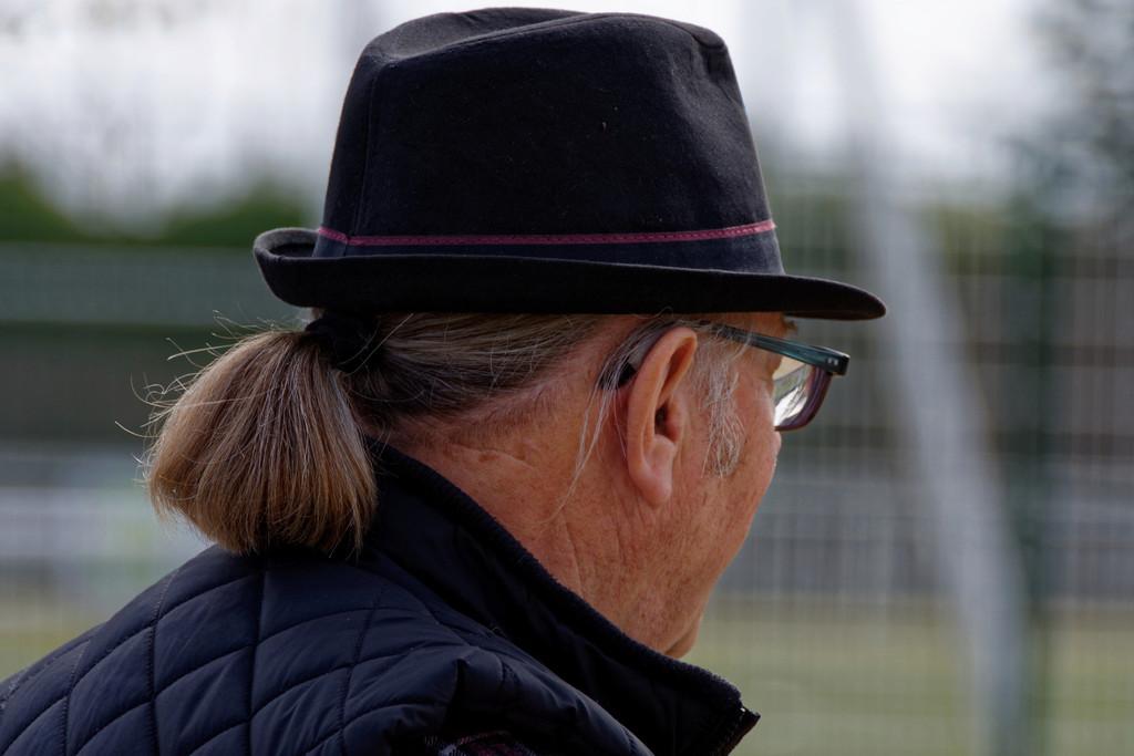 Chapeau et catogan ! Dsc_2510