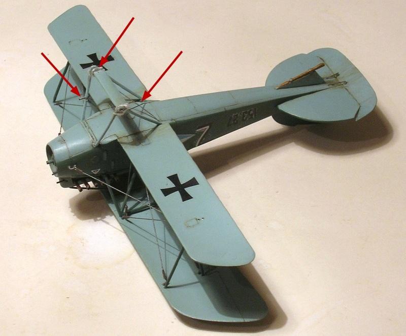 Montage: Albatros D-III Oeffag début de série 153 / Roden 1/72 - Page 2 Montag15