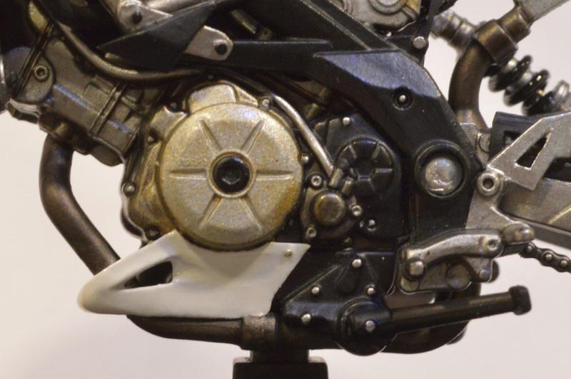 [Moto] Conversion et kit de maquette Proble13