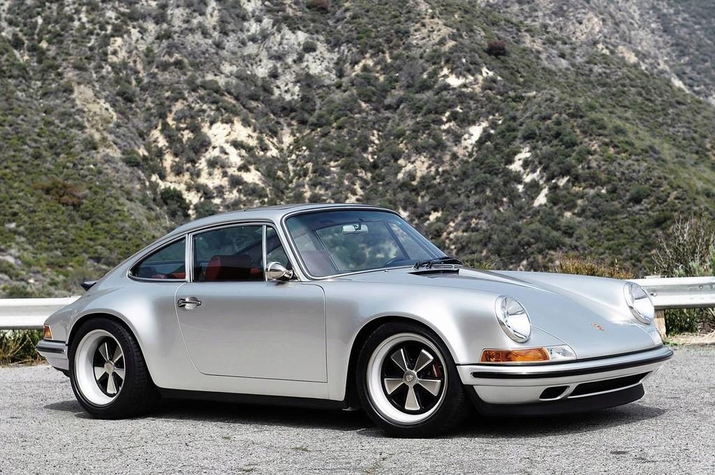 Une Belle photo de Porsche - Page 30 14907710