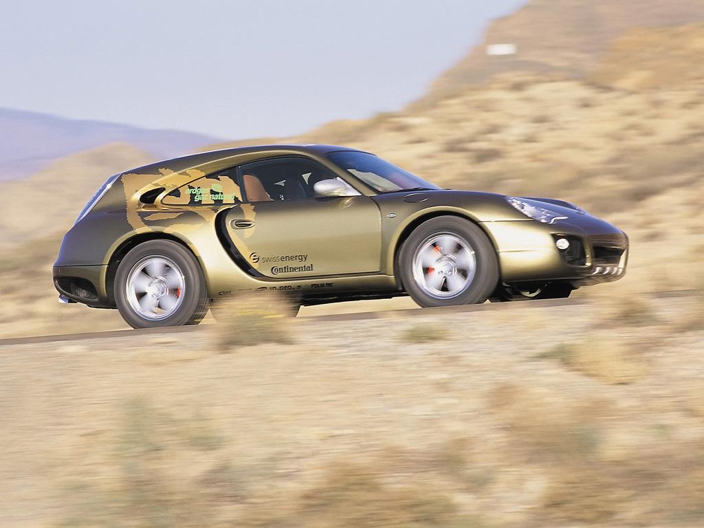 Porsche drôle/insolite - Page 13 2003-r10