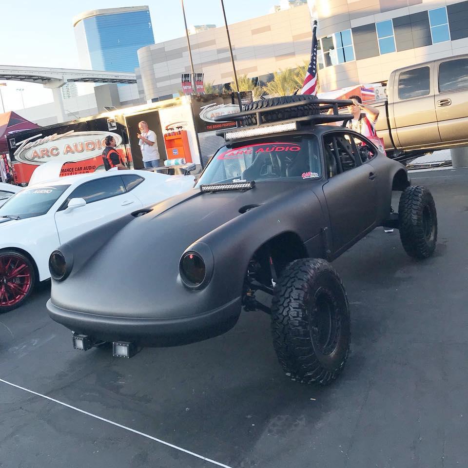 Porsche drôle/insolite - Page 14 29570210