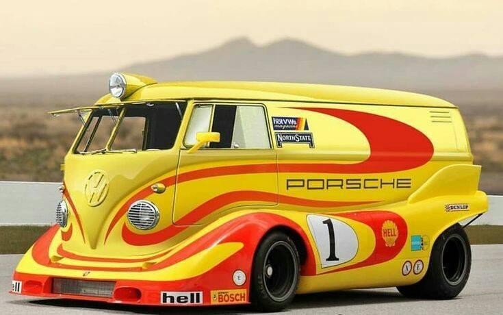Porsche drôle/insolite - Page 14 29571112