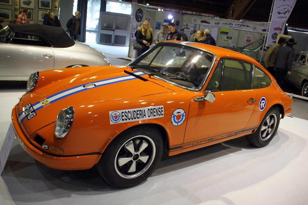 Une Belle photo de Porsche - Page 31 29749210
